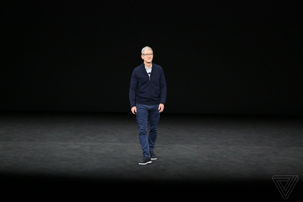 蘋果CEO庫克回懟特朗普:對中國征收關稅是錯誤做法