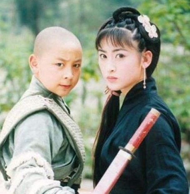 香港第一反派娶回族美女得子 娇妻曾与张铁林传绯闻