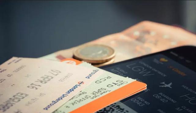 """诈骗也能""""定制"""" 机票退改签成重灾区"""