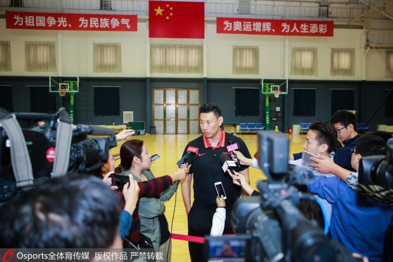 李楠:合并后红蓝入选机会均等 但要有为国效力的意愿