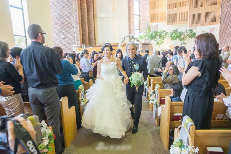 58岁作词人娶小17岁嫩妻 曾与李丽珍四合四离