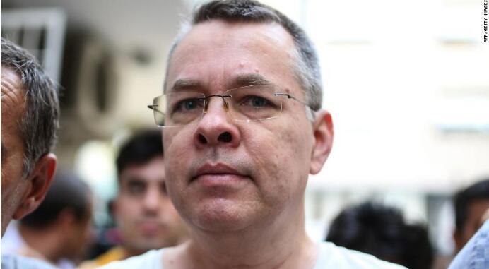 被土耳其拘押的美国牧师获释 曾引发美土外交争端