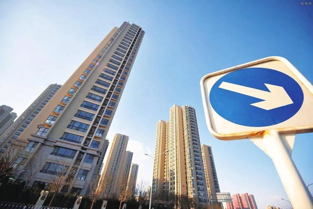 """房地产的""""大转折实实在在到来了"""", 银行业的转折点还会远吗?"""