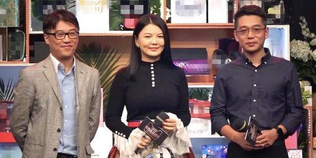 李湘现身称自己是家庭主妇 拒答王岳伦酒店事件