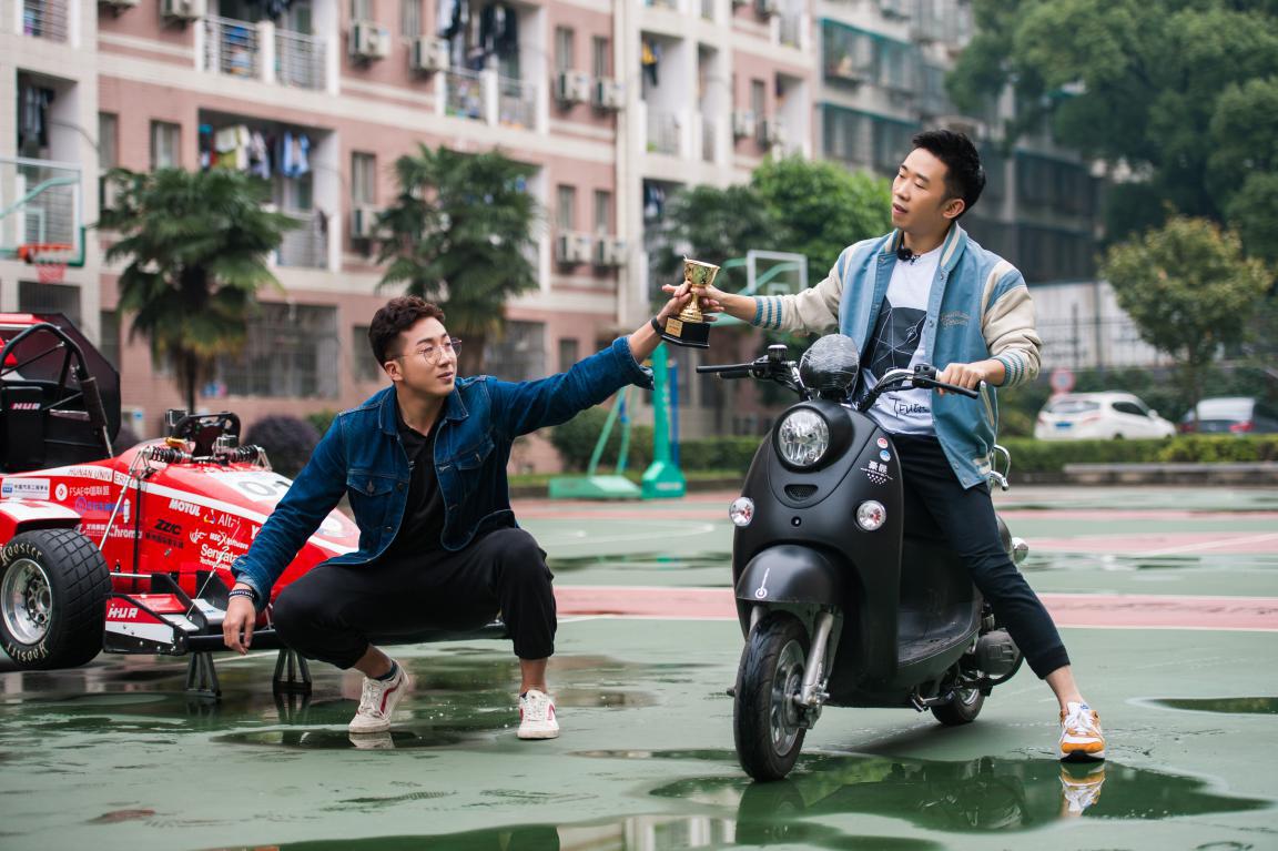 """《快乐哆唻咪》杨迪变身""""车神"""" 遇最强搭档失信心"""
