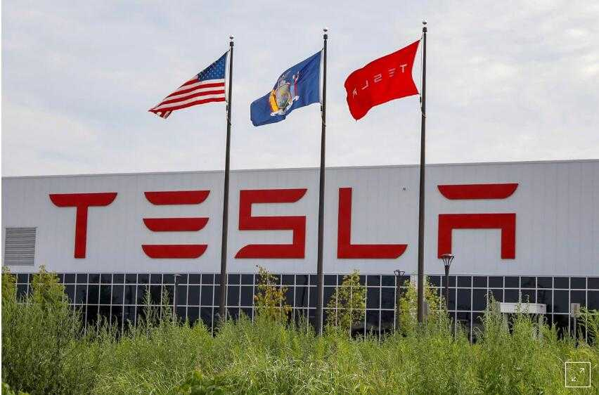 特斯拉家用太阳能系统降价25% 应对安装量下滑
