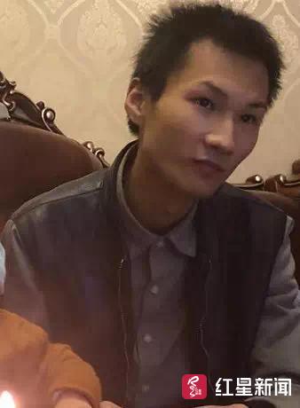 成都25岁网约车司机失联4天 离家前曾约人烧炭自杀