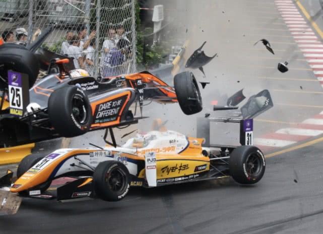 澳门大赛车发生严重意外 2018年澳门三级方程式大赛车严重意外