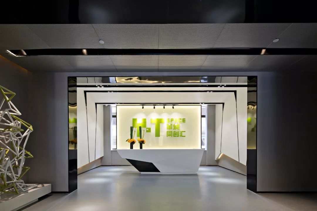 喜讯丨ENJOY DESIGN 荣获英国FX Awards展示空间类最高荣誉!