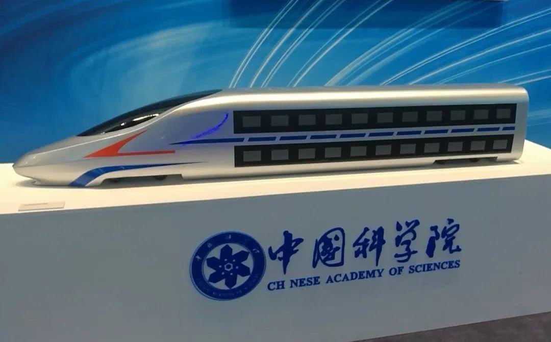媒体披露中国未来双层高铁动车组概念模型 跑出时速350公里不是问题