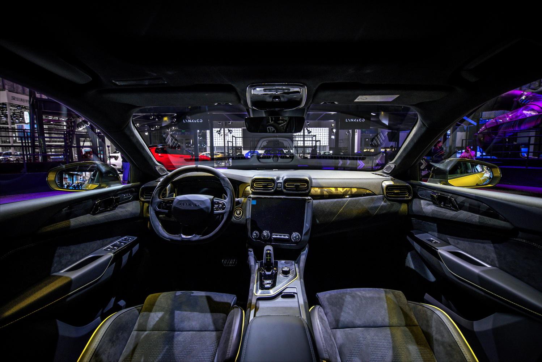 2.0T+8AT+AWD零百加速5.9秒这款国产性能车只需18.58万起