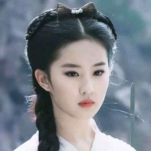 虎扑女神赛刘亦菲夺冠,高圆圆又双叒叕是亚军…