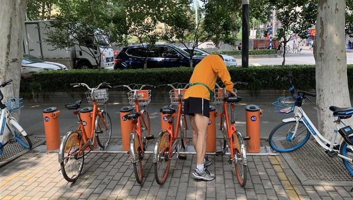"""杭州街头自行车,曾被共享单车""""打败""""的公共自行车""""复活""""了 杭州共享单车"""