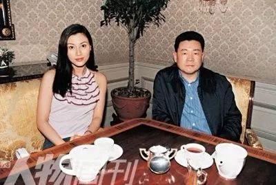 香港小姐衰亡史:选的是绝世美人,还是风尘女子?
