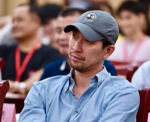 """王千源出席行业重要活动 首次回应""""高片酬""""传闻"""