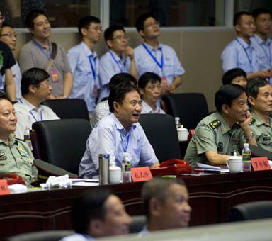 罗保铭刘赐贵代表海南人民热烈祝贺长征七号文昌成功首飞
