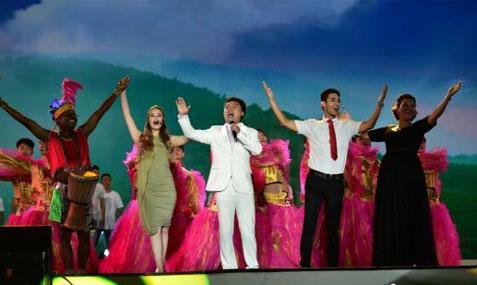 湖南六月六山歌节开幕 十大山歌王与五大洲歌手飙歌