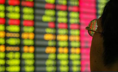 中国股市投资者正面临尴尬一幕:钱无处可去