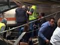 美火车脱轨多人伤亡