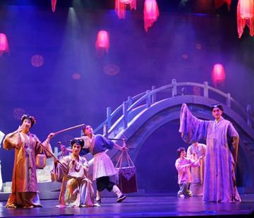 两岸名家联袂打造当代昆曲《春江花月夜》台北首演