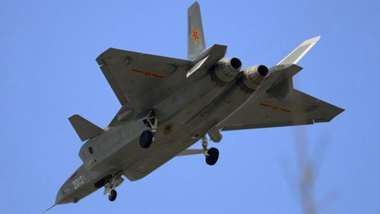 歼-20或明年服役 日本心神落后10年设计保守