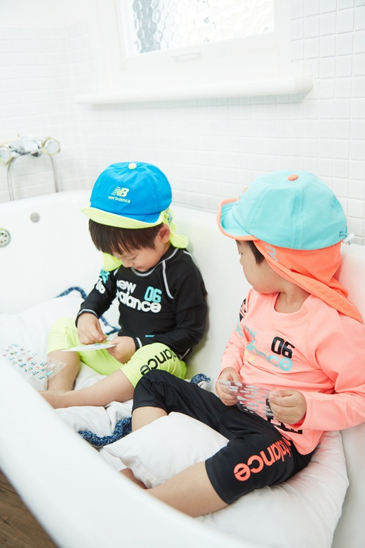 韩国可爱双胞胎宝宝图
