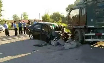刚参加完高考 4名学生酒驾遇车祸身亡