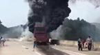 湖南大巴起火烧死35人 司机被指弃车逃跑