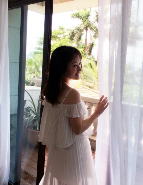 【有意思】女神逆生长!45岁杨钰莹一袭白裙美若小仙女(图)