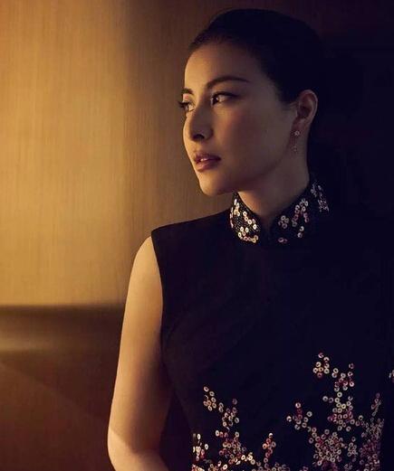 郭晶晶夫妻合体拍写真 气质优雅撞脸吴昕【有看点】