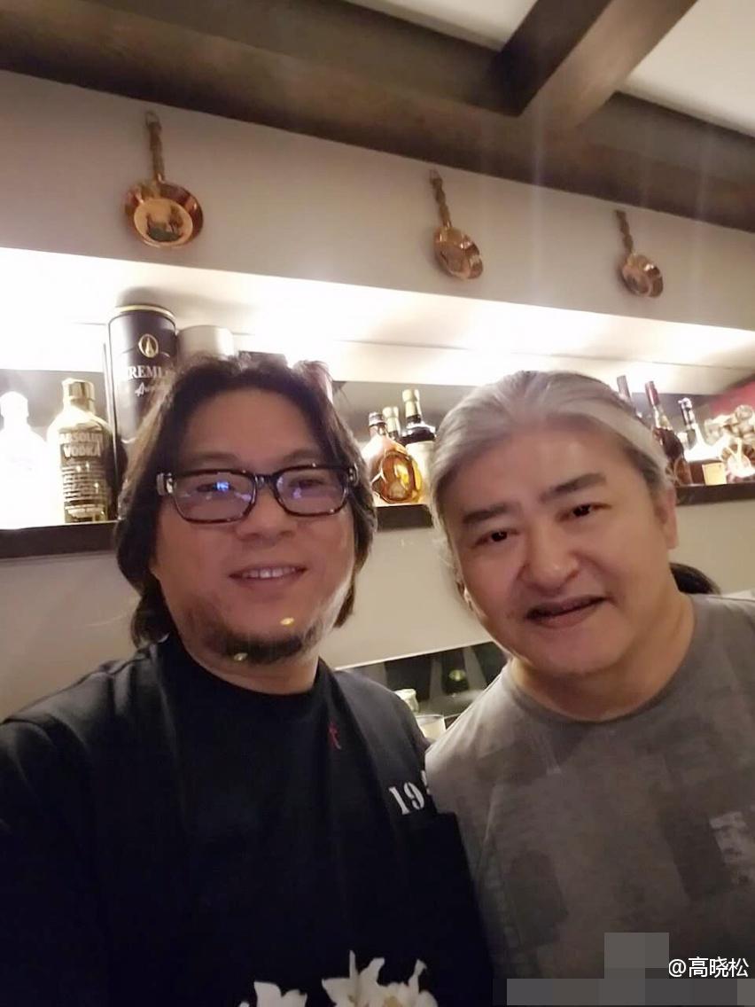 【有意思】53岁刘欢近照曝光 满头白发(图)