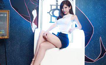 国内最大漫展ShowGirl美照:大长腿晃花眼