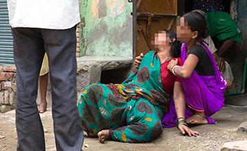 男子性侵少女后喂其酸液致死