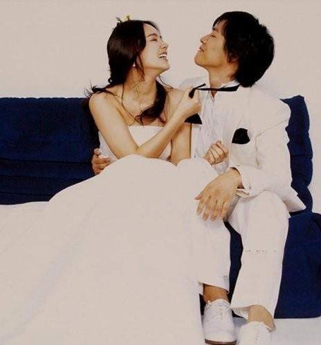 【星娱TV】韩佳人结婚11年得爱女 一家三口好甜蜜