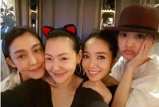 【星娱TV】小S晒好姐妹合照:范玮琪是最好的朋友