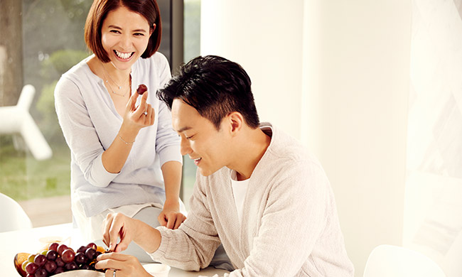 张智霖&袁咏仪正能量夫妻 相伴是爱情最长久的告白