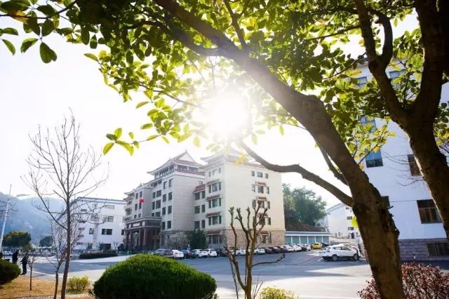 【任性】迎驾入选10条最值得游览的中国白酒工业旅游路线!