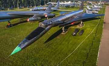 曾令美国恐慌的红魔都在这里:俄中央空军博物馆