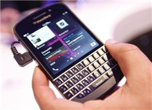 黑莓宣布退出手机硬件市场