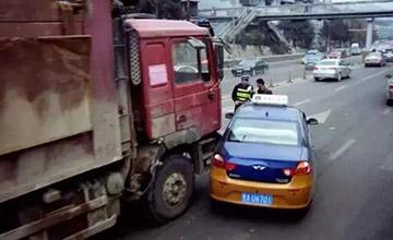 掌握这些开车技巧,事故发生率降低90%!