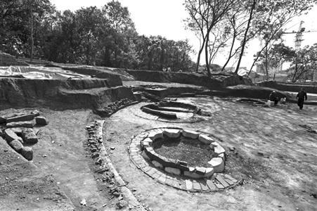 南京天隆寺发现庞大古墓群