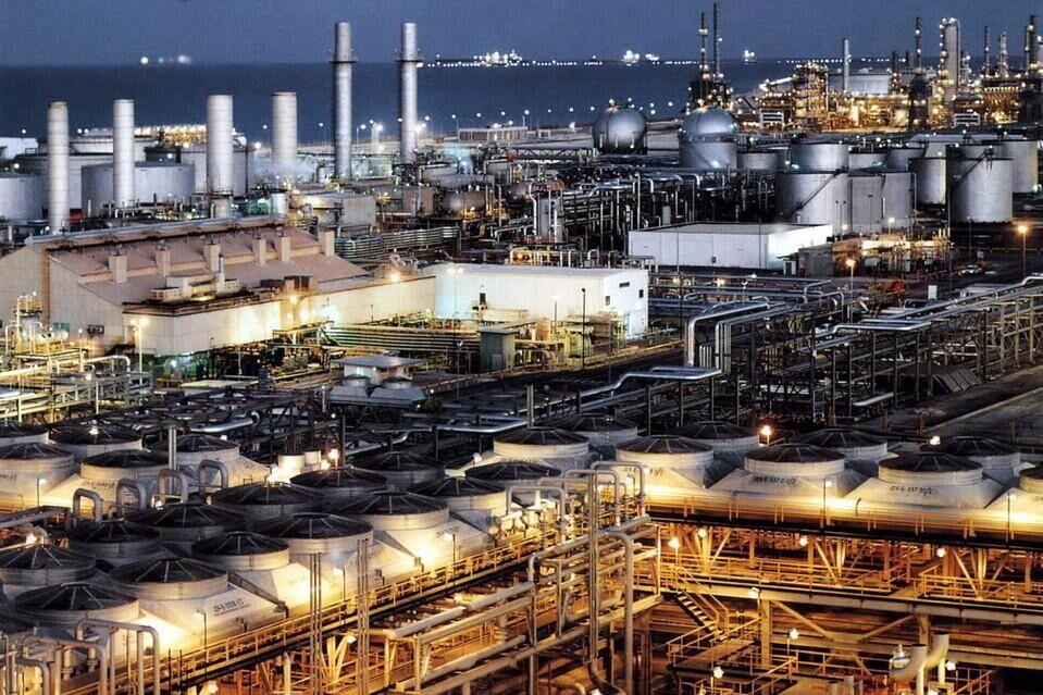 """产油国维也纳会议在继续进行 国际原油市场""""硝烟""""未散"""
