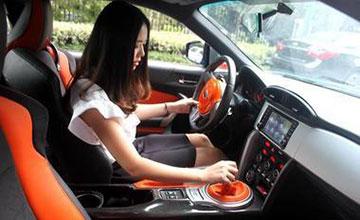 车里传来腐臭味 检查后女司机恍然大悟!