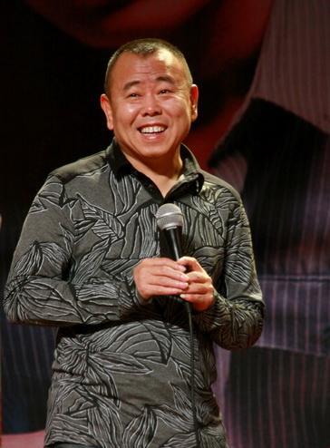 潘长江为喜剧演员指点迷津:有特点 不当别人的影子