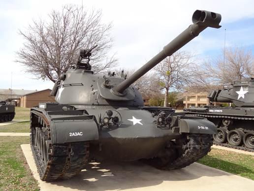 事1946&mdash1959年间发展的坦克为战后第一代以中型坦克为主