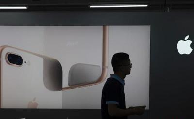 iPhone8全球已现7例电池鼓包 会否重蹈三星覆辙?