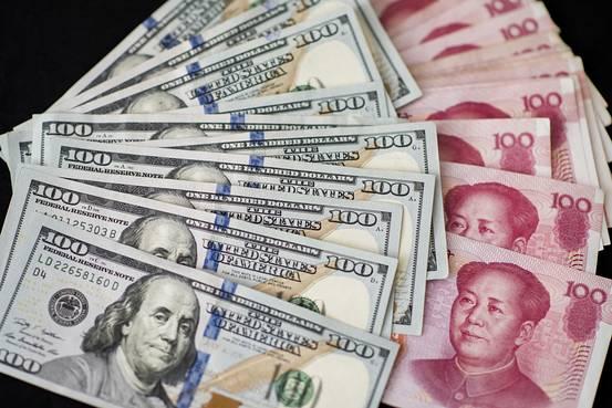 离岸人民币涨幅再扩大 强势突破6.9关口