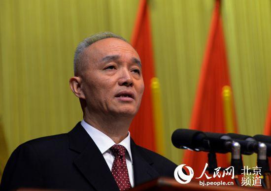 北京代市长蔡奇人大会下团首亮相 回应治霾疏解
