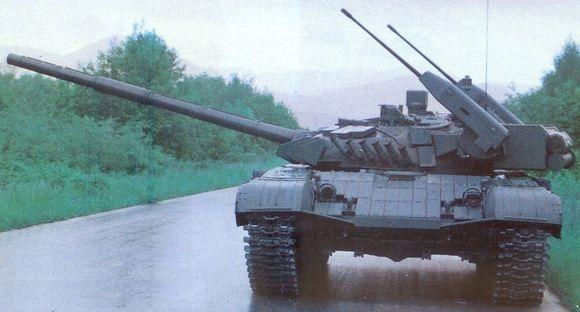 坦克--坦克已学会打武直,直升机威风不再