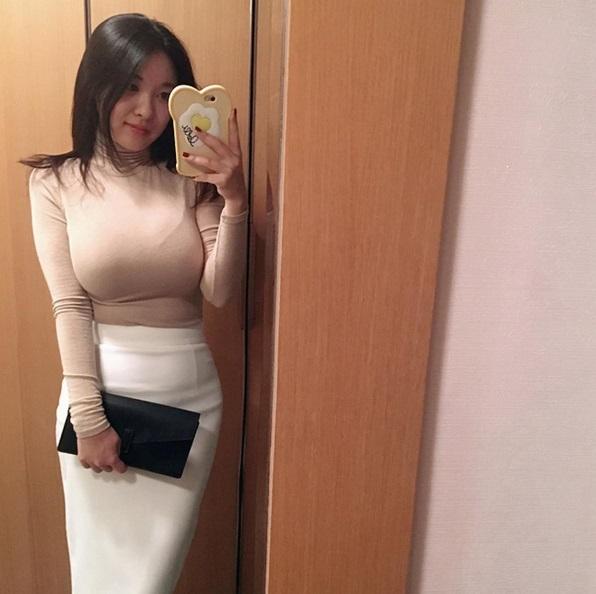 """韩国美女seulmin走红网络, 网友称她是""""微胖女神"""""""